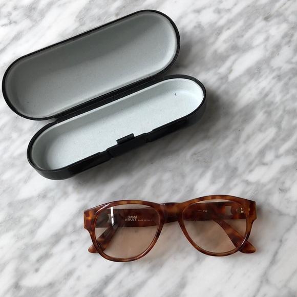 d2cb6f244e1a Gianni Versace eyeglass frames. M 5b65c512dcf8554789954fe8. Other  Accessories ...